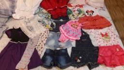 Lote roupas e calçados tudo por 100reas