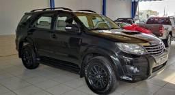 Toyota HILUX SW4 3.0 SRV 4X4 16V TURBO INTERCOOLER DIESEL 4P AUT