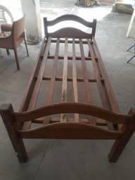 Cama madeira maciça de encaixe