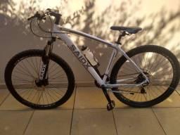 Bicicleta Saidx Aro 29, + freios a disco, pouco tempo de uso