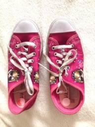 Título do anúncio: Tenis e sandalia infantil. Sandali melissa original.
