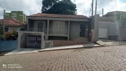 Sobrado c/ 4 quartos a venda em Ponta Grossa Estrela