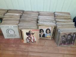 644 discos de vinil (LPs) sertanejos