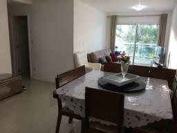 Apartamento no Flamboyant, excelente tamanho, 3 quartos, próximo a pracinha