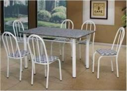 Mesa simples / 4 cadeiras