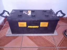 Vende - se uma bateria de 150 amp