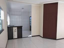 Linda e espaçosa Casa com 3 Quartos à Venda em Campo Grande