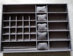 Só hoje - Super oferta -Organizador de jóias em MDF forrado com Suede cinza