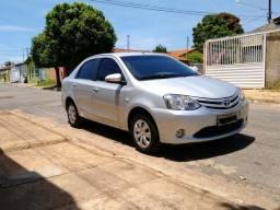Etios sedan xs 1.5 - 2015