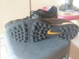 Chuteira Nike TOP
