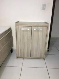 Conjunto Mesa e armário