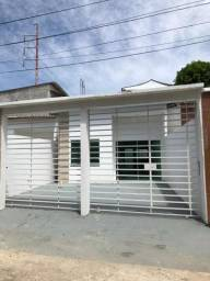 Casa em Petrópolis- 3 dormitórios/ Apenas 180 mil