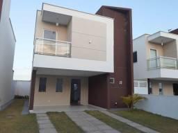 Vendo linda casa Duplex em condominio no Aracagy