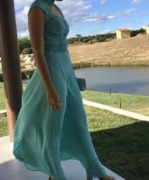 Para vender vestido longo verde claro