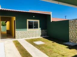 DP casa nova com 3 quartos amplos 2 banheiros pertinho de messejana