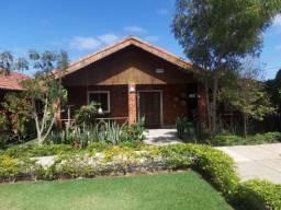 Casa em Privê fechado para locação anual (Cód.: lc164)