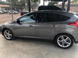 Vendo Ford Focus 2015