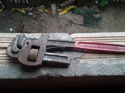 Vendo chave de tubo