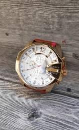 Relógio Premium importado à pronta entrega! Novo e com garantia!