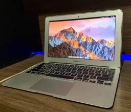 Mac Book Air 11 , Core I5 , 1,6 Ghz , 4 GB , bateria + 90%