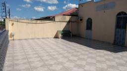 Alugo casa no Vale do Sinai (Manoa) com 2 quartos por 1.300 reais