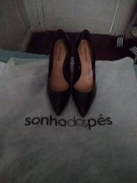 Sapato scarpin preto sonho dos pés