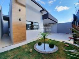 Belíssima Casa Rita Vieira 3 Quartos sendo um Suite Piso Porcelanato