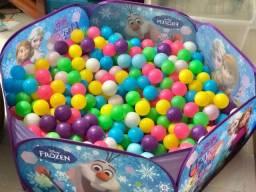 Título do anúncio: Piscina infantil original da frozen 170 reais