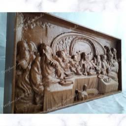 Santa ceia entalhada em madeira nobre