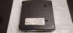 Modem e Roteador Arris TG-862