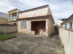 Casa Frente de Rua e Independente Bom Terreno, 3 Quartos e 4 Vagas Rua Beberibe Ac. Carta.