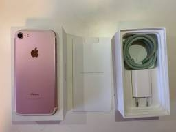 iPhone 7 semi-novo na caixa