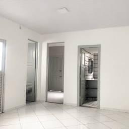 Oportunidade: Alugo Apartamento (Centro)