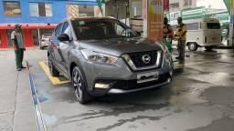 Nissan Kicks SL AT 218