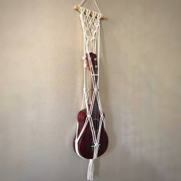 Suporte macramê para ukulele e cavaquinho