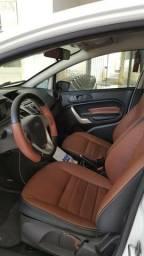 Ford New Fiesta 1.6 SE COMPLETO - 2013
