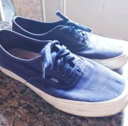 d90fe4186d Roupas e calçados Unissex - Contagem