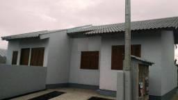 Casa com 2 Dormitórios no Jardim do Bosque em Cachoeirinha