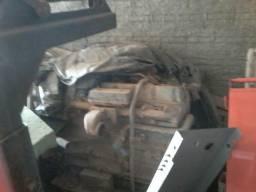 Motor Ford fase 2 para retirada de peças