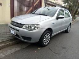Vende-se carro + * - 2005