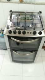 Fogão ELETROLUX de 4 bocas e 2 fornos