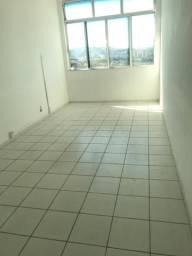 Aluga-se sala no Centro de Volta Redonda