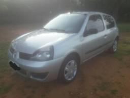 Veiculo Renault Clio 1.0 16v ano 2010 - 2010