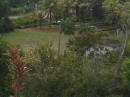 Área (6 ha), Jaboatão, às margens da pista (PE07), ônibus na porta