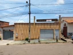 Galpão com comercial com terreno de 240m²