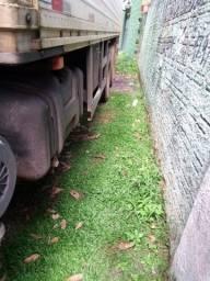 Caminhão 1620 com Baú