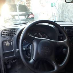Carro bem conservada  S10 2008 gás/gasolina em dia