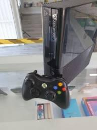 Xbox 360 Super Slim Desbloqueado 500GB 1Controle + jogos
