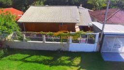 Casa de frente para a lagoa, em Imbituba, litoral de Santa Catarina