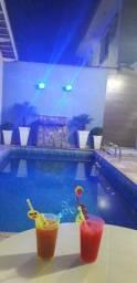 Casa com piscina (disponível Natal/Réveillon)